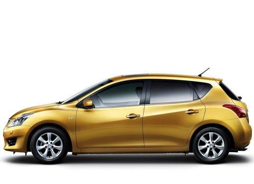 Nissan Tiida - Foto 4 di 10