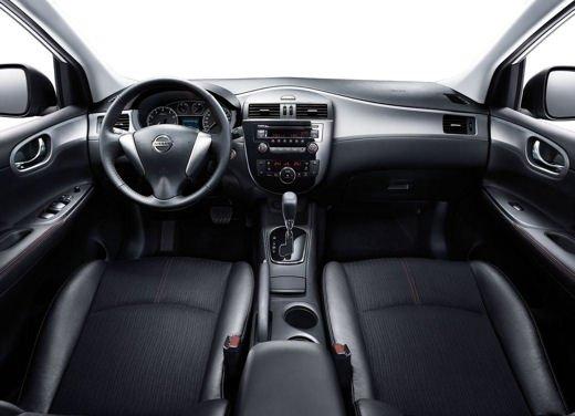 Nissan Tiida - Foto 9 di 10