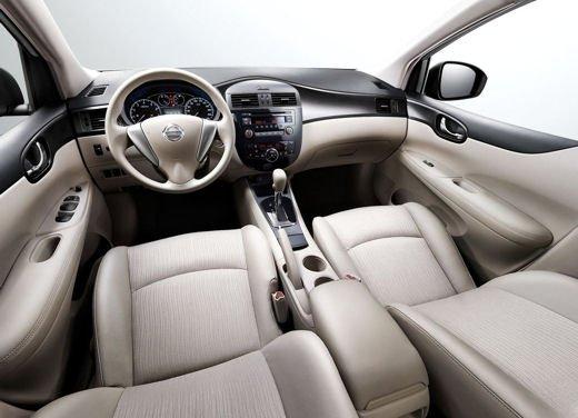 Nissan Tiida - Foto 10 di 10