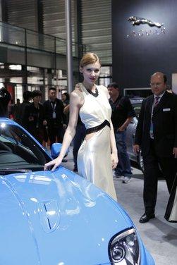 Salone Auto Shanghai 2011 – Girls 1 - Foto 10 di 26