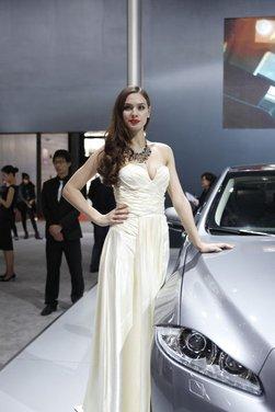 Salone Auto Shanghai 2011 – Girls 1 - Foto 11 di 26