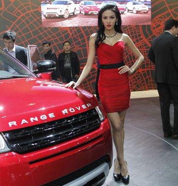Salone Auto Shanghai 2011 – Girls 1 - Foto 6 di 26