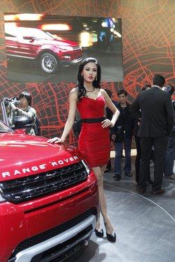 Salone Auto Shanghai 2011 – Girls 1 - Foto 13 di 26