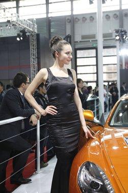 Salone Auto Shanghai 2011 – Girls 1 - Foto 15 di 26
