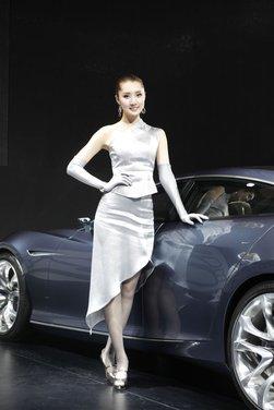 Salone Auto Shanghai 2011 – Girls 1 - Foto 17 di 26