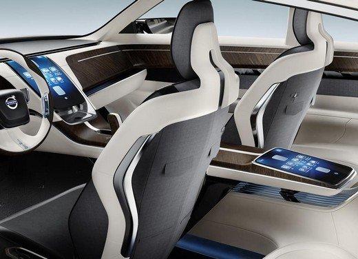Volvo Concept Universe, futura berlina di lusso svelata a Shanghai - Foto 13 di 22