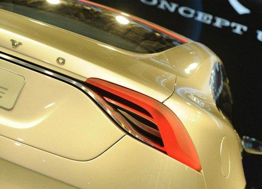 Volvo Concept Universe, futura berlina di lusso svelata a Shanghai - Foto 9 di 22