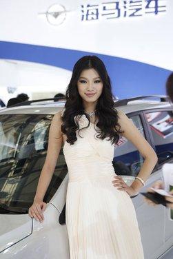 Salone Auto Shanghai 2011 – Girls 1 - Foto 25 di 26