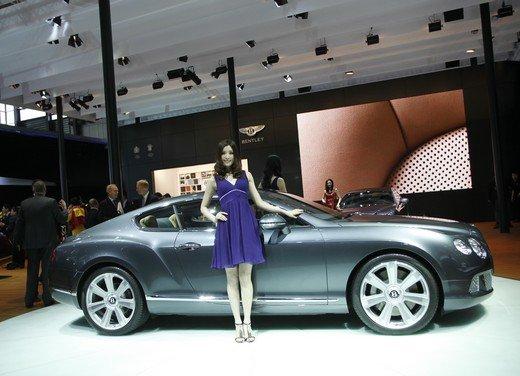 Salone Auto Shanghai 2011 – Girls 2 - Foto 15 di 26