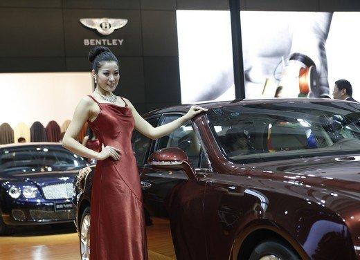 Salone Auto Shanghai 2011 – Girls 2 - Foto 16 di 26