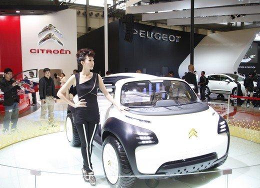 Salone Auto Shanghai 2011 – Girls 2 - Foto 22 di 26