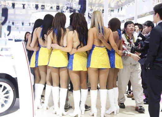 Salone Auto Shanghai 2011 – Girls 2 - Foto 26 di 26