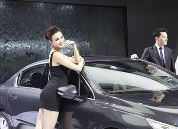 Salone Auto Shanghai 2011 – Girls 1