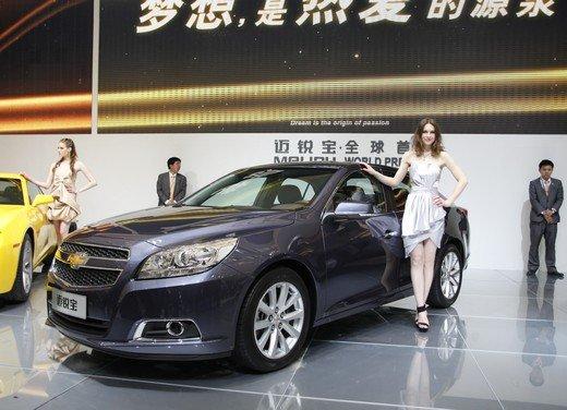 Salone Auto Shanghai 2011 – Girls 2 - Foto 24 di 26