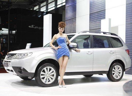 Salone Auto Shanghai 2011 – Girls 2 - Foto 14 di 26