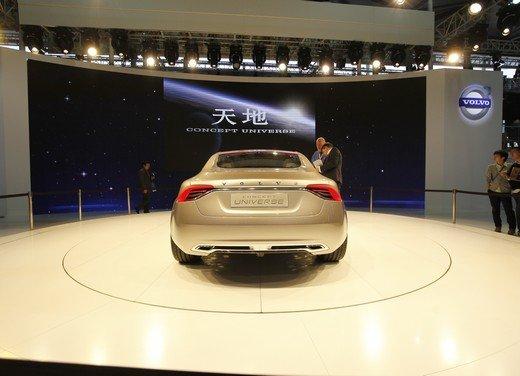 Volvo Concept Universe, futura berlina di lusso svelata a Shanghai - Foto 7 di 22