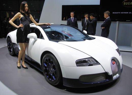Bugatti Veyron Grand Sport Special Edition, supercar in esclusiva per la Cina - Foto 1 di 10