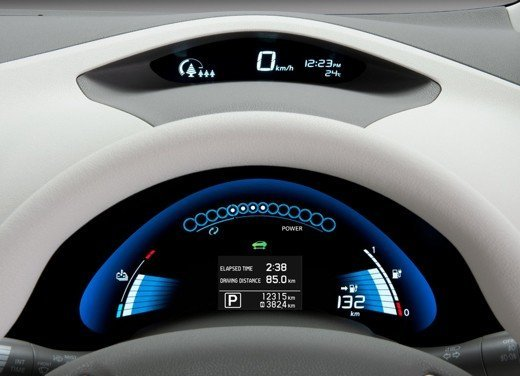 Nissan LEAF vince a New York il premio World Car of the Year 2011 - Foto 4 di 8