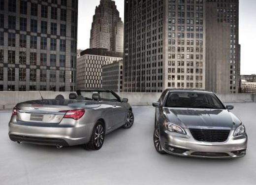 Chrysler 200 S e Convertible in anteprima al Salone di New York