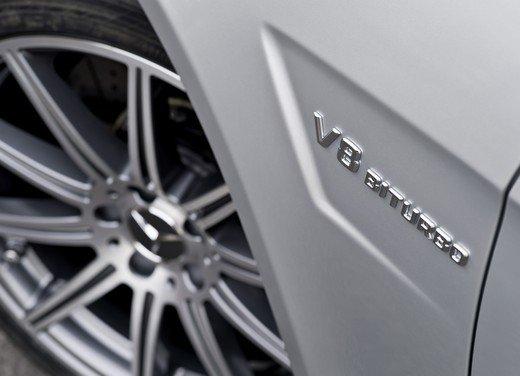 Mercedes E63 AMG con nuovo motore biturbo AMG V8 5.5 - Foto 8 di 12