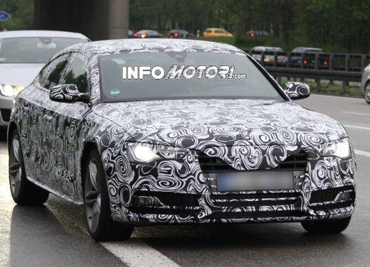 Audi S5 Sportback le immagini spia promettono grosse novità - Foto 2 di 9