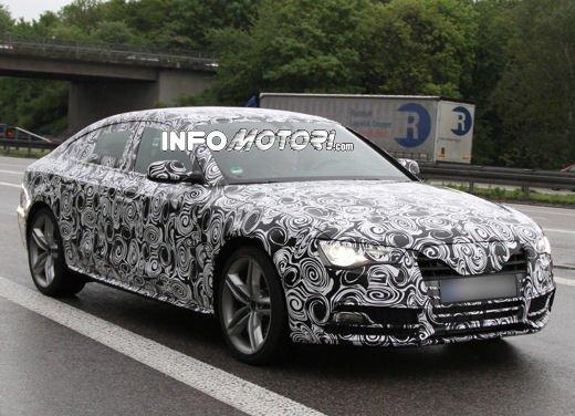 Audi S5 Sportback le immagini spia promettono grosse novità - Foto 3 di 9