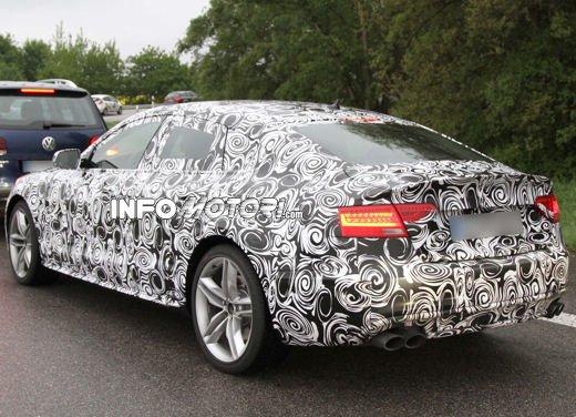 Audi S5 Sportback le immagini spia promettono grosse novità - Foto 6 di 9