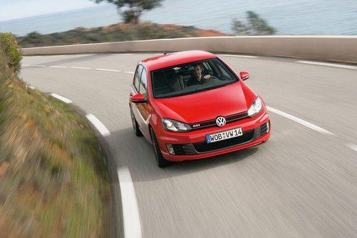 Volkswagen Golf GTI Edition 35, un'edizione limitata per celebrare il mito Golf - Foto 12 di 14