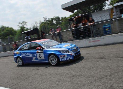 La Chevrolet Cruze fa due doppiette a Monza nel WTCC e fugge da Seat e BMW! - Foto 3 di 10