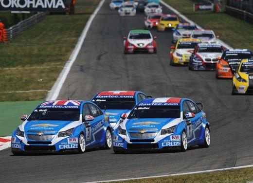 La Chevrolet Cruze fa due doppiette a Monza nel WTCC e fugge da Seat e BMW! - Foto 10 di 10