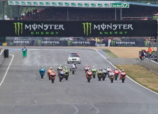 MotoGP: dal 2012 test privati MotoGP liberalizzati dalla Grand Prix Commission - Foto 61 di 72