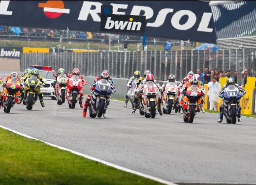 MotoGP: dal 2012 test privati MotoGP liberalizzati dalla Grand Prix Commission - Foto 66 di 72