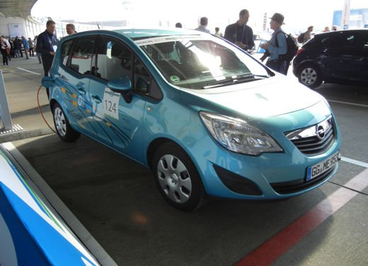 Renault Fluence vince il Challenge Bibendum 2011 - Foto 65 di 98