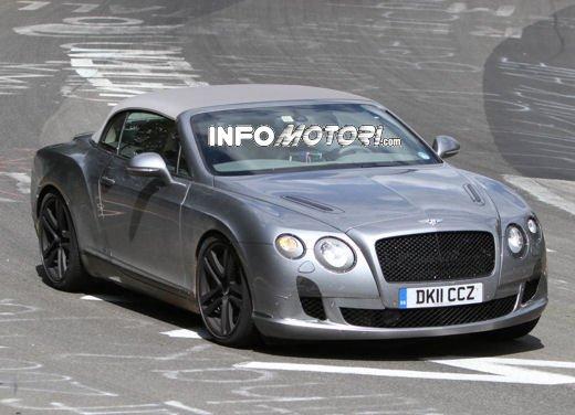 Bentley Continental GTC prime foto spia della cabrio in uscita nel 2012
