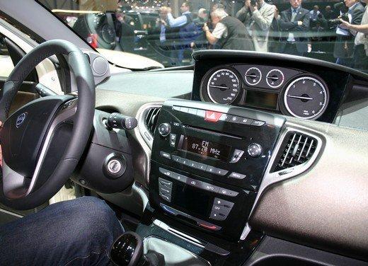 Nuova Lancia Ypsilon provata a Torino - Foto 49 di 53