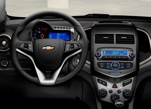 Chevrolet Aveo - Foto 9 di 12