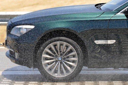 Auto blu: al nuovo governo Monti piacciono italiane - Foto 12 di 16