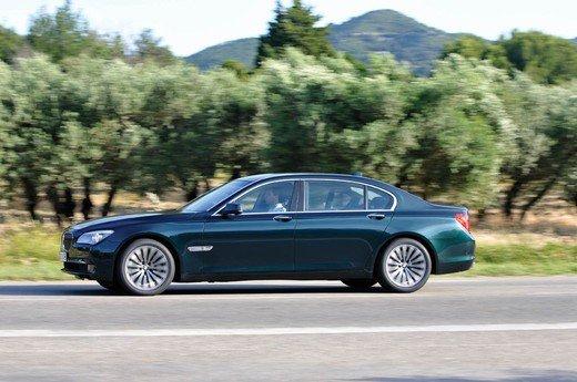 Auto blu: al nuovo governo Monti piacciono italiane - Foto 14 di 16
