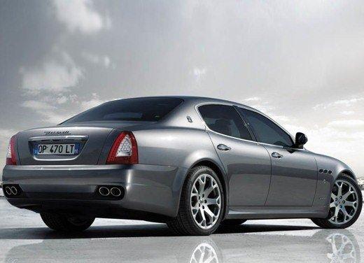 Auto blu: al nuovo governo Monti piacciono italiane - Foto 5 di 16