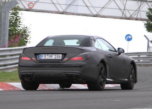 Mercedes Benz SL 63 AMG nuove immagini - Foto 1 di 21