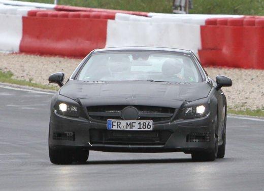 Mercedes Benz SL 63 AMG nuove immagini - Foto 2 di 21