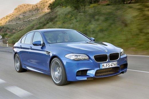 BMW M5 sbaraglia su Facebook le concorrenti Audi RS6 e Mercedes E63 AMG