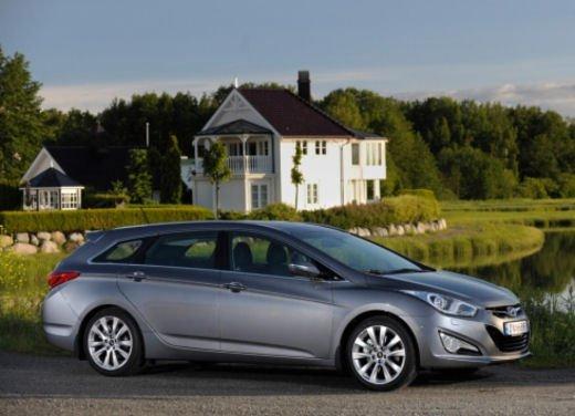 Hyundai i40 provata su strada in Norvegia