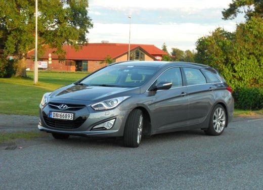 Hyundai i40 provata su strada in Norvegia - Foto 19 di 20