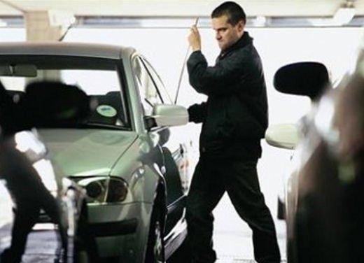 Furti d'auto, solo 9 automobilisti su 100 si assicurano - Foto 3 di 5