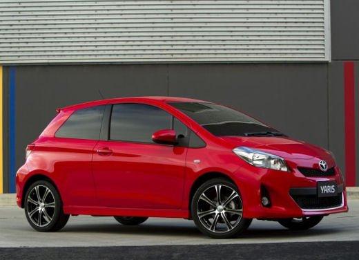 Nuova Toyota Yaris 3 porte, le prime immagini ufficiali