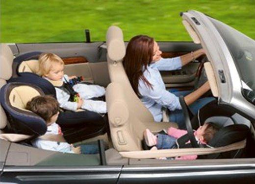 Bambini in auto, seggiolino e altri consigli per il trasporto sicuro - Foto 5 di 12