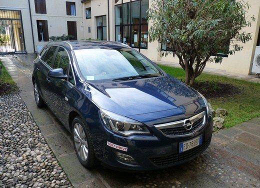 Opel Astra Sports Tourer: prova su strada della Opel Astra station wagon