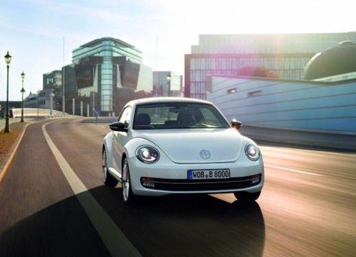 Nuova Volkswagen Beetle - Foto 1 di 39