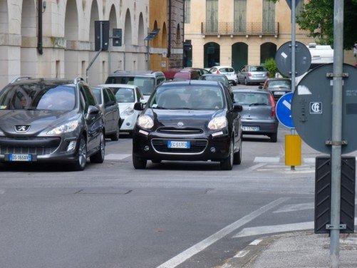 Nissan Micra in offerta a 8950 euro a tasso e anticipo zero - Foto 2 di 28